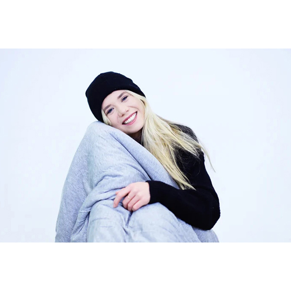 Hush Iced: The Cooling and Sleep-Inducing Blanket