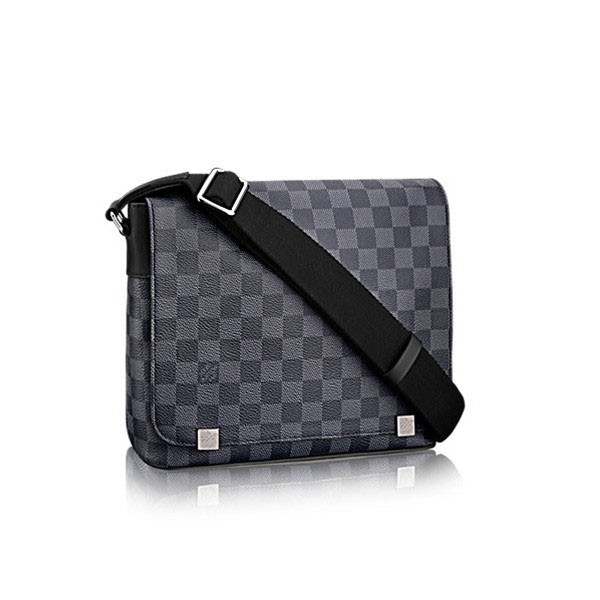 Louis Vuitton District PM N41028